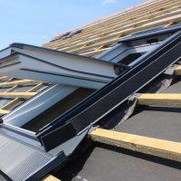 fenetre de toit velux entre ouverte